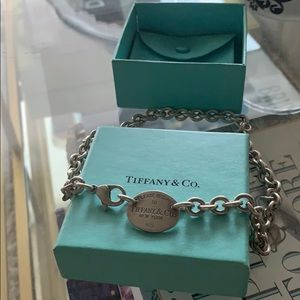 Authentic discontinued Return to Tiffany necklace